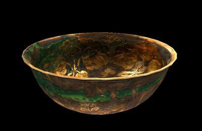 鎏金花鸟纹银碗