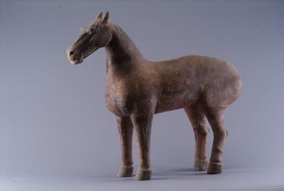 西汉彩绘陶马