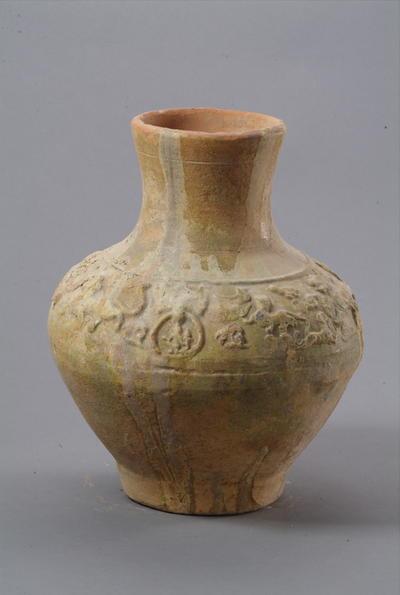 西汉釉陶壶