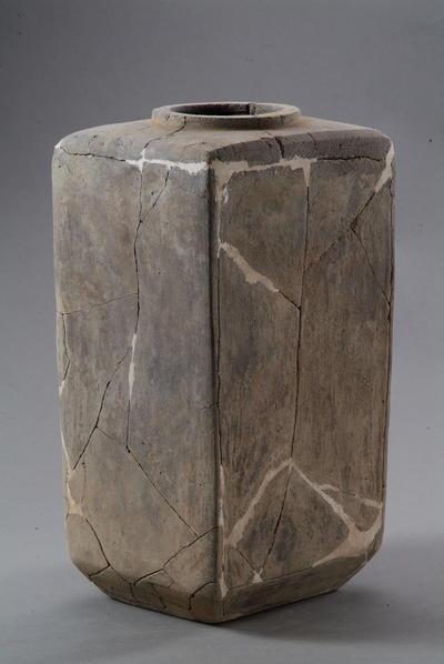 西汉长方形陶仓