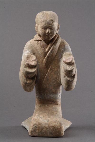 西汉塑衣式彩绘跽坐女俑
