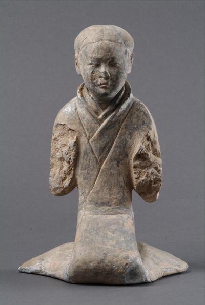 西汉塑衣式跽坐女俑